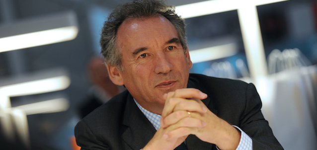 main_Bayrou-art13