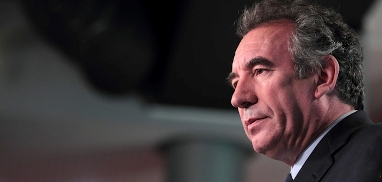 main_Bayrou-art2